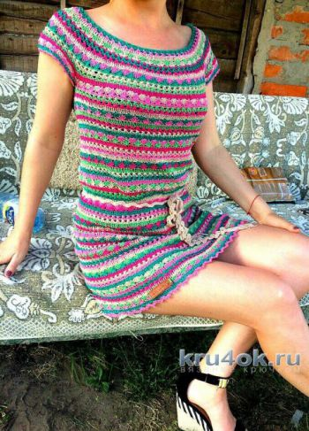 Вязаное крючком летнее платье от Марии Дайнеко