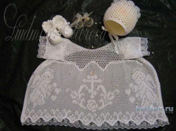 Крестильная рубашка. Работа Людмилы Петровой