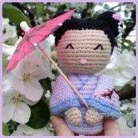 Кукла — японка крючком. Работа Ксении