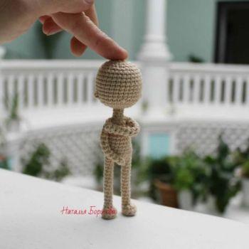 Вяжем крючком самую простую каркасную куклу, бесплатное описание