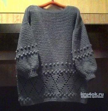 Теплый женский свитер крючком. Работа Марины Алексеевны
