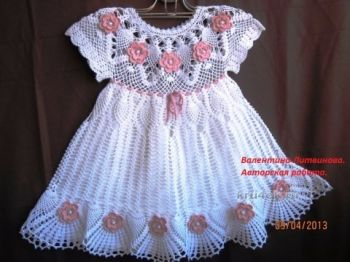 Вязание белоснежного платья для девочки