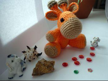 Жирафик Апельсинчик, связан крючком