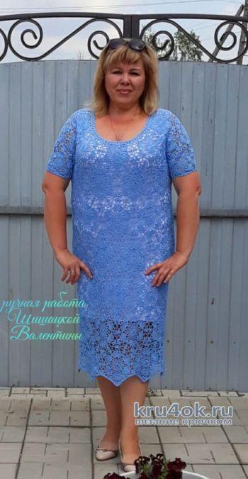 Вязание женского платья крючком Незабудка