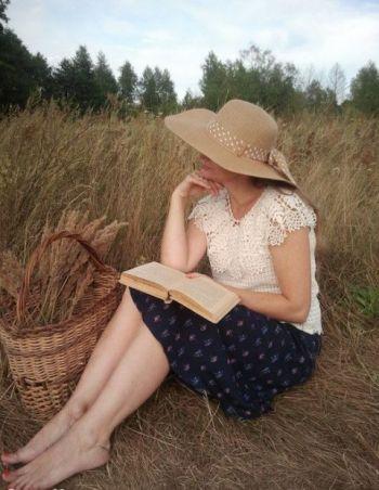 Ажурная летняя кофточка с пелериной. Работа Алены Салимсаковой